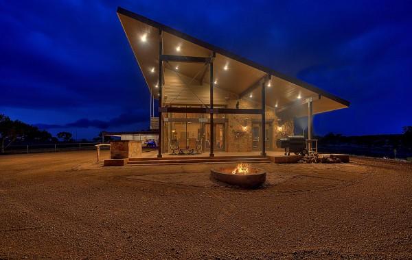 Custom Cabin, Lampasas